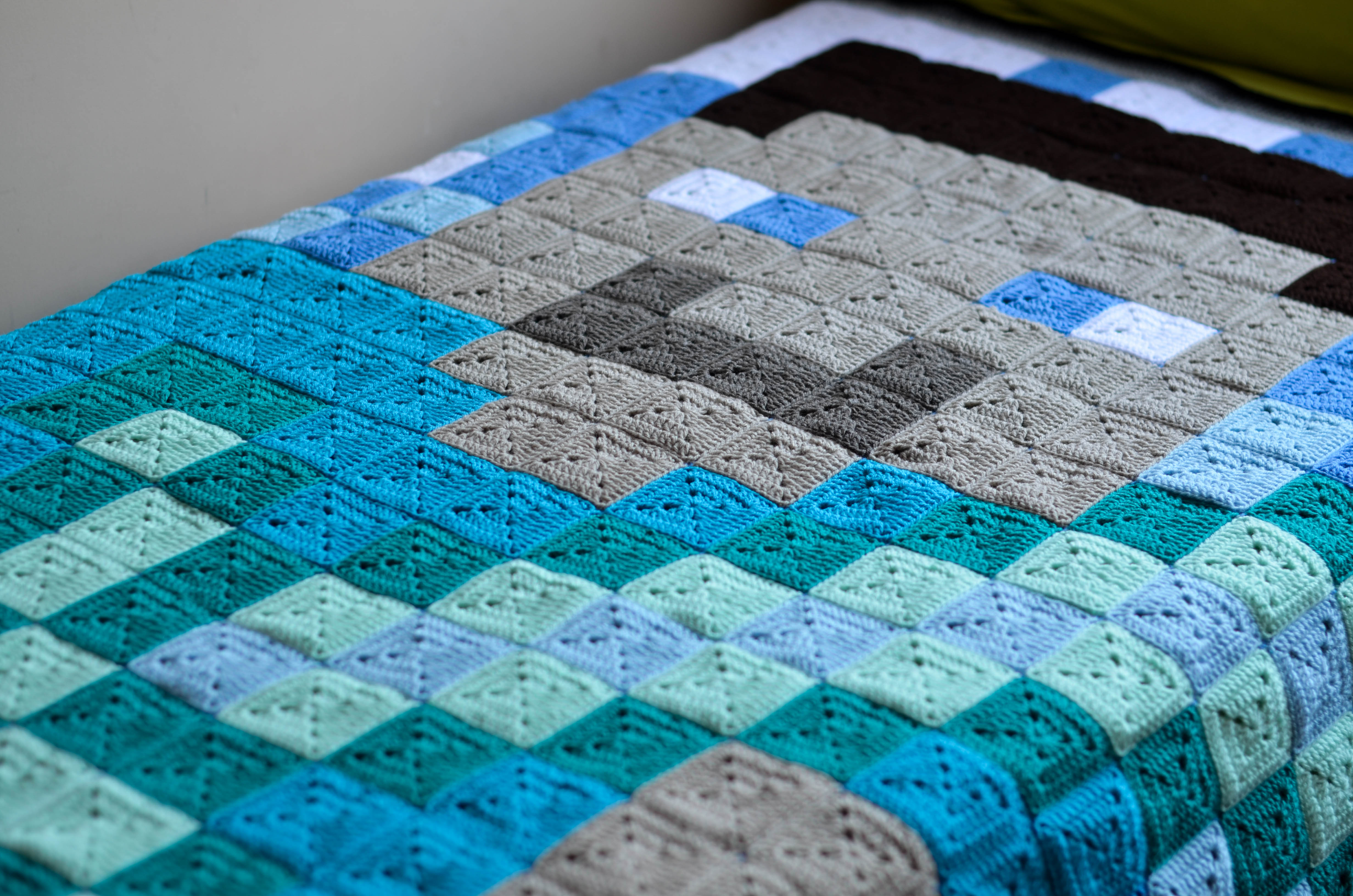 Crochet Minecraft Blanket – The LOOPY STITCH